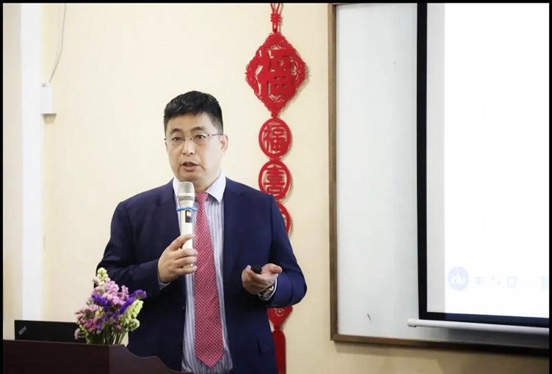 南方略咨询副总裁姜岩博士
